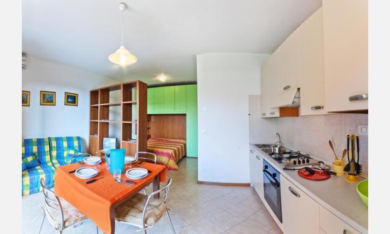 residence VILLAGGIO DEI FIORI: A4 - monovano (esempio)