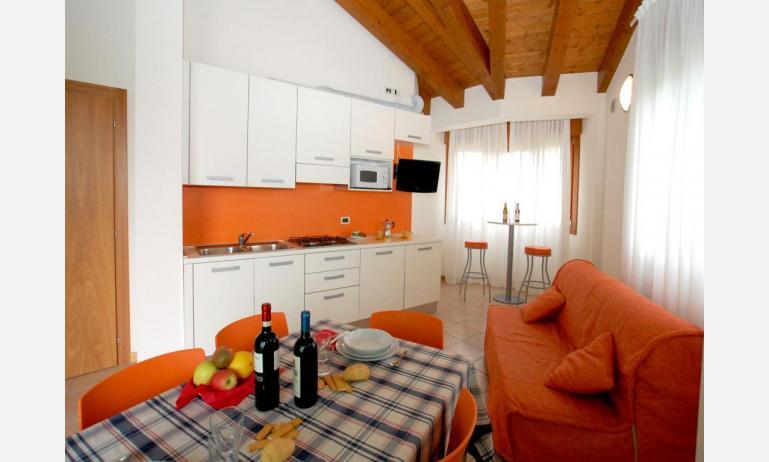 residence ROBERTA: C7 - divano letto doppio (esempio)