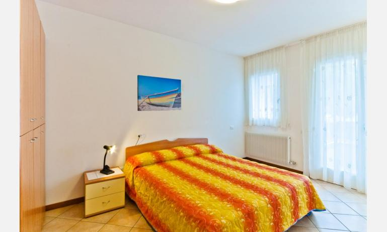 appartamenti CARAVELLE: B4 - camera matrimoniale (esempio)