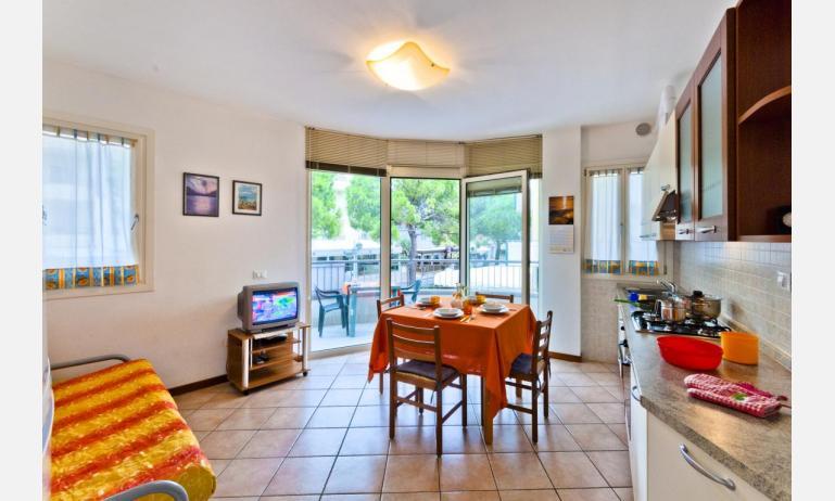appartamenti CARAVELLE: B4 - soggiorno (esempio)