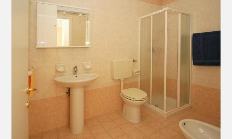 residence CRISTOFORO COLOMBO: A4 - bagno con box doccia (esempio)