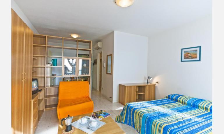 residence CRISTOFORO COLOMBO: A4 - poltrona letto (esempio)