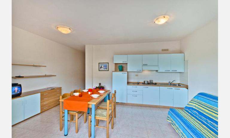 residence CRISTOFORO COLOMBO: B4 - cucina (esempio)