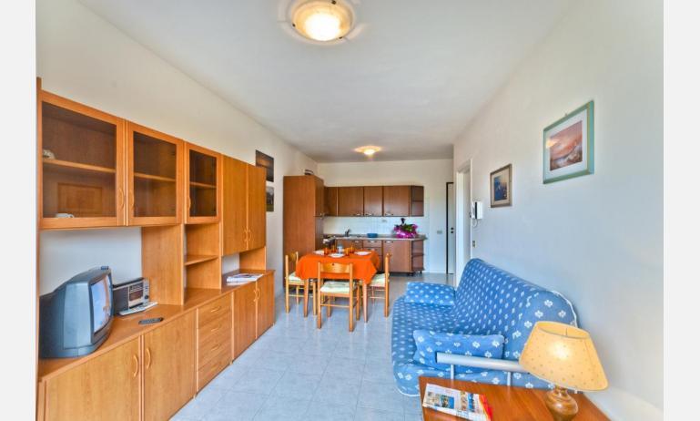 residence CRISTOFORO COLOMBO: B4 - soggiorno (esempio)