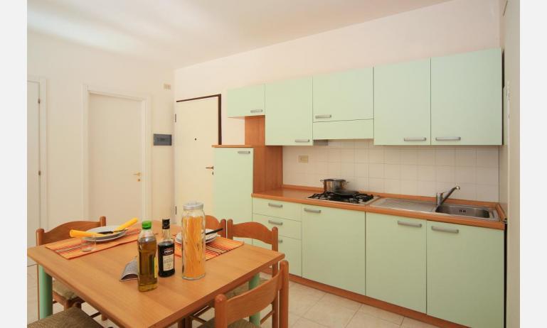 residence CRISTOFORO COLOMBO: B4 - angolo cottura (esempio)