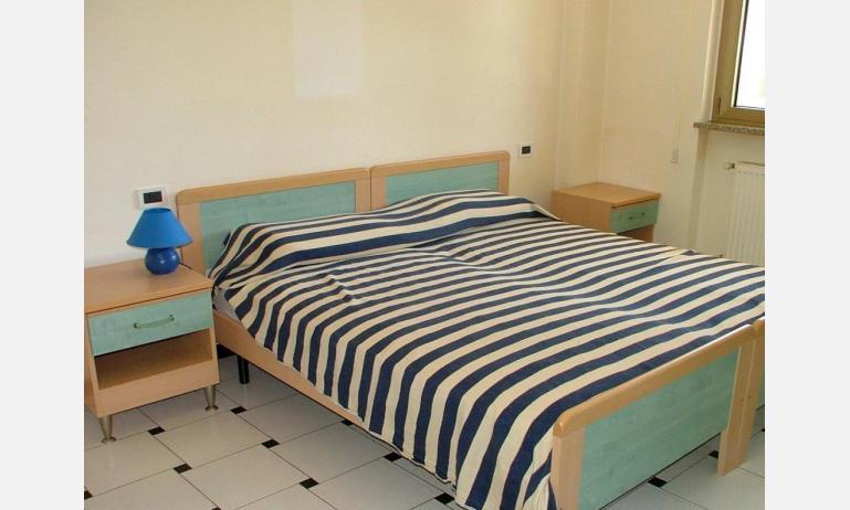 appartamenti FRONTEMARE: B4 - camera doppia (esempio)