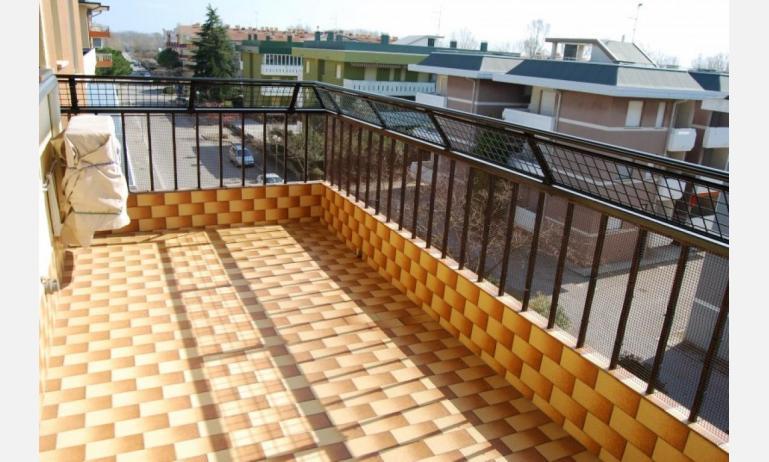 appartamenti FRONTEMARE: B4 - balcone (esempio)