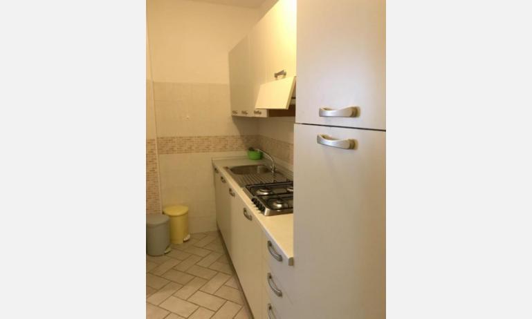 appartamenti FRONTEMARE: B4 - angolo cottura (esempio)