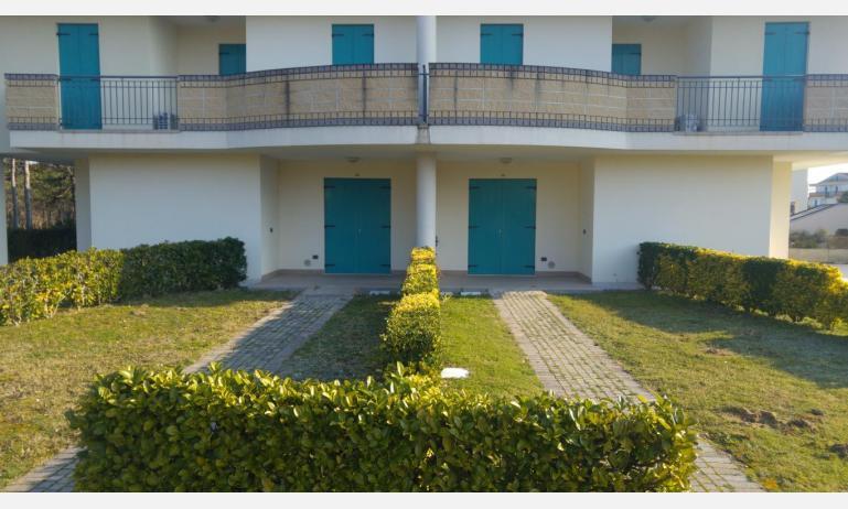 Residence LIDO DEL SOLE: B5 V - Garten (Beispiel)
