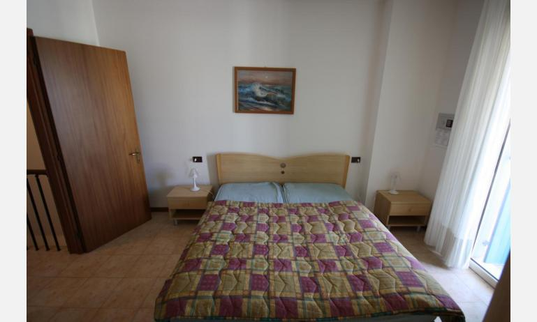 residence LIDO DEL SOLE: B5 V - double bed (example)
