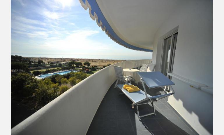 Hotel CORALLO: Junior suite - Balkon mit Meerblick (Beispiel)