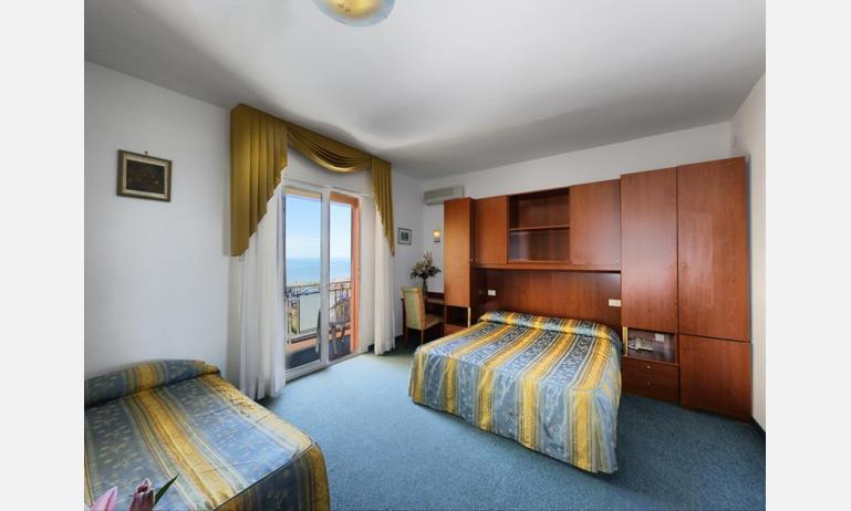 hotel LONDON: Apartment - camera tripla (esempio)