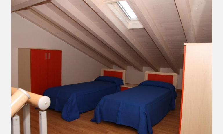 Residence MEDITERRANEE: C5 - Mansardenzimmer (Beispiel)