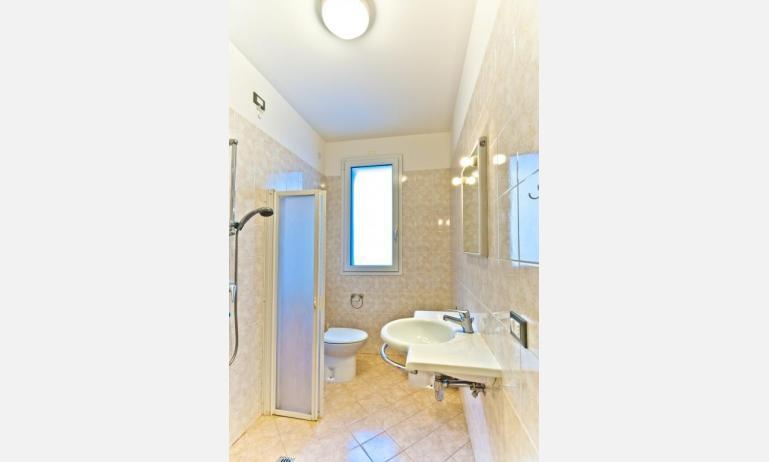 appartamenti STEFANIA: B4 - bagno (esempio)