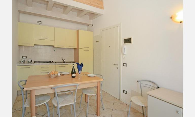 appartamenti STEFANIA: B4 - angolo cottura (esempio)