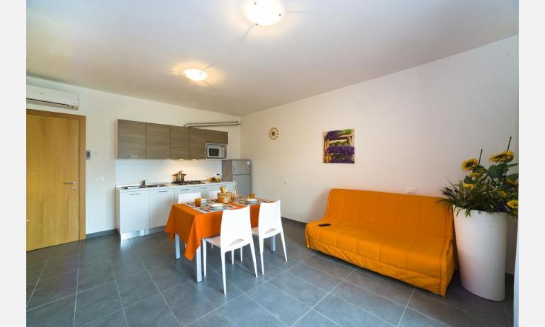residence GALLERIA GRAN MADO: A4 - divano letto doppio (esempio)