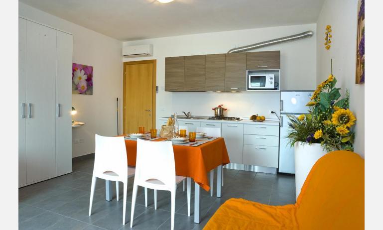 residence GALLERIA GRAN MADO: A4 - angolo cottura (esempio)