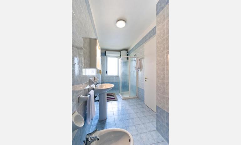 residence CRISTOFORO COLOMBO: C6 - bagno (esempio)