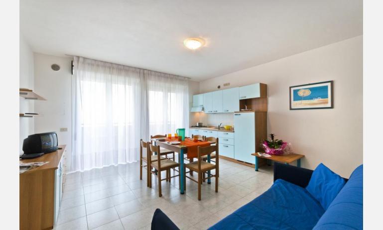 residence CRISTOFORO COLOMBO: C6 - divano letto doppio (esempio)