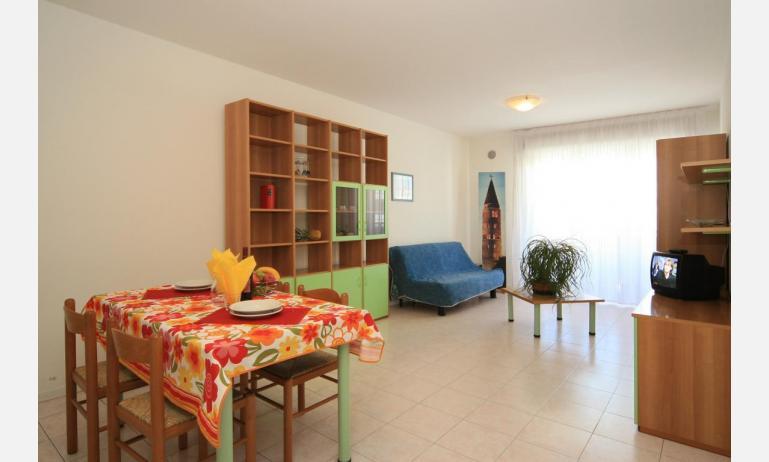 residence CRISTOFORO COLOMBO: C6 - soggiorno (esempio)