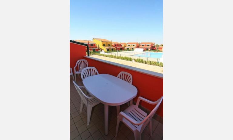 residence CRISTINA BEACH: B4 - balcone con vista (esempio)