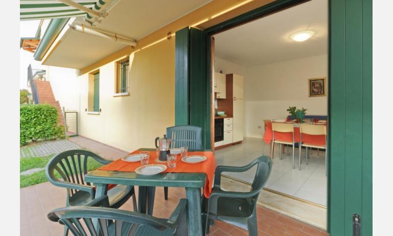 residence CRISTINA BEACH: B4 - veranda (esempio)
