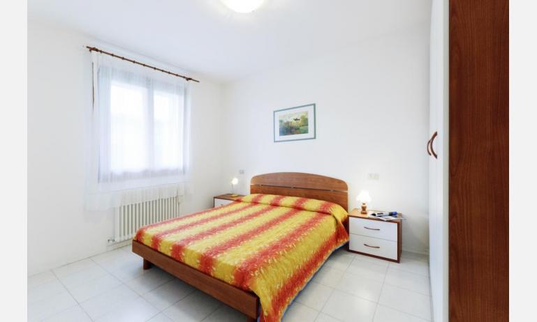 residence CRISTINA BEACH: B4 - camera matrimoniale (esempio)