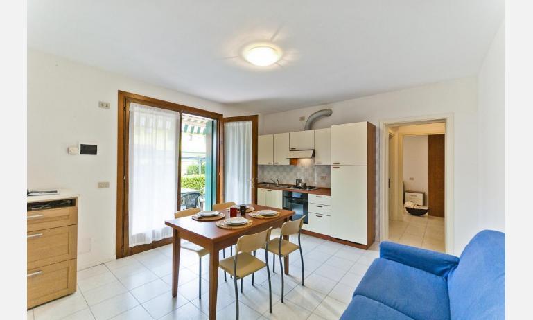 residence CRISTINA BEACH: B4 - divano letto doppio (esempio)