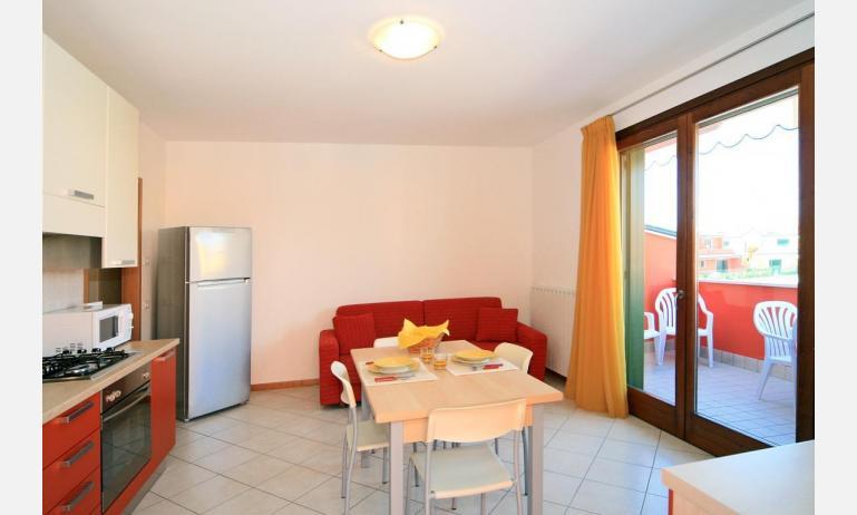 residence CRISTINA BEACH: B4 - soggiorno (esempio)