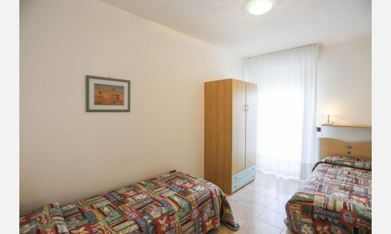 residence LIDO DEL SOLE: C7 - twin room (example)