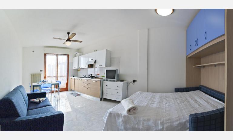 appartamenti DUCA DEGLI ABRUZZI: A4  - distribuzione appartamento (esempio)