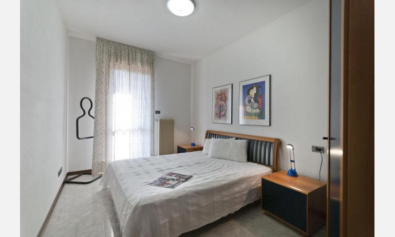 appartamenti DUCA DEGLI ABRUZZI: B4 - camera (esempio)