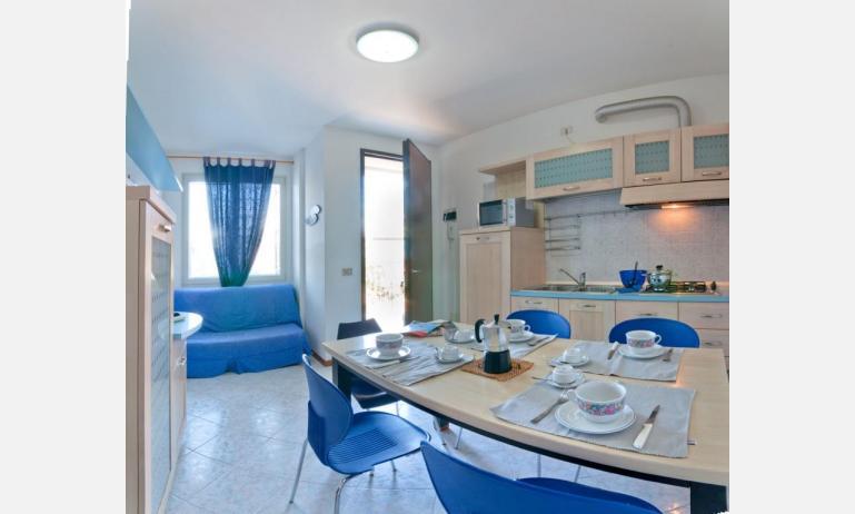 appartamenti LE SOLEIL: C6/7 - zona giorno