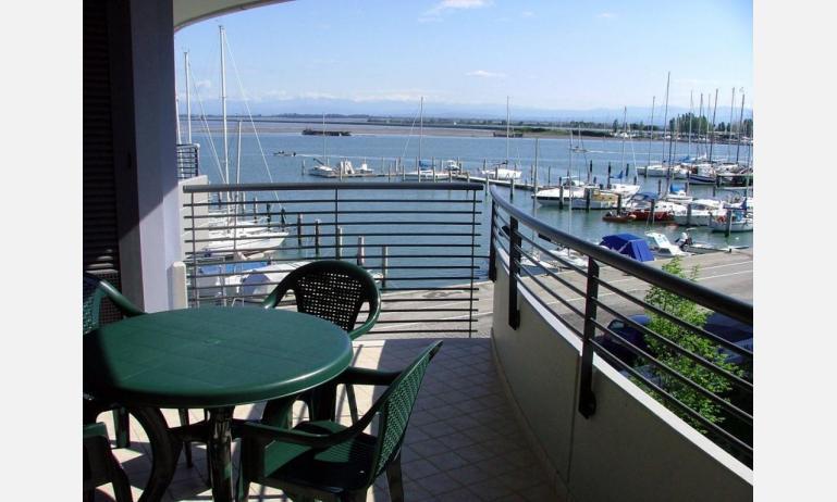 residence COSTA AZZURRA: B4 - balcone con vista (esempio)