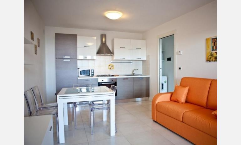 residence COSTA AZZURRA: B4 - soggiorno (esempio)