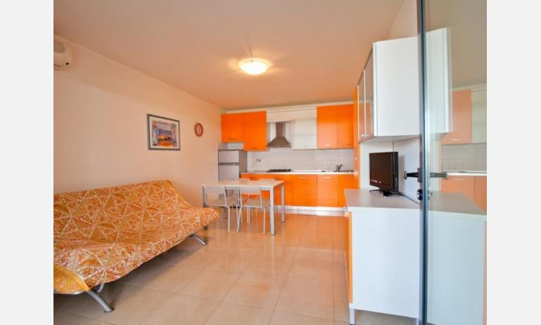 residence COSTA AZZURRA: B4 - zona giorno