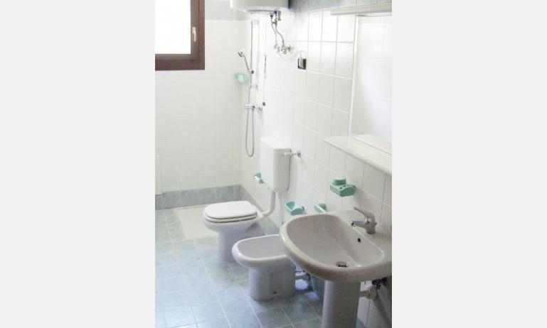 residence LIA: B5 - bathroom (example)