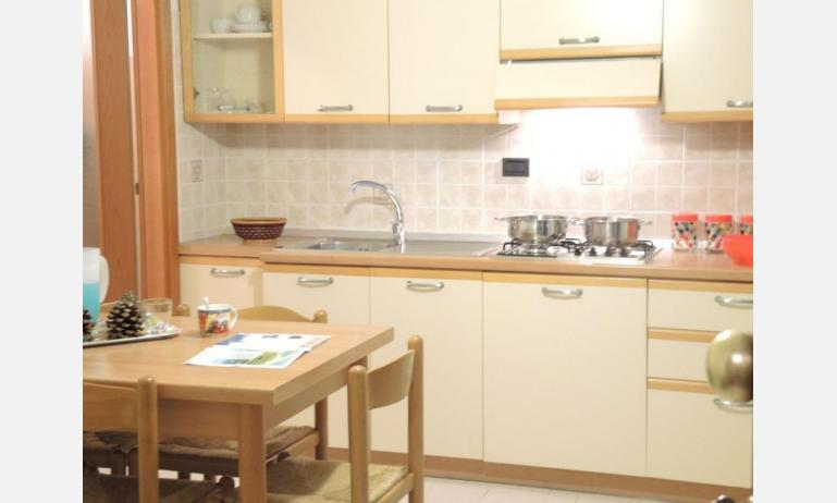 residence LIA: B5 - kitchenette (example)
