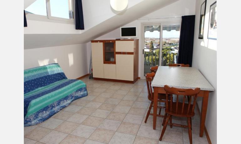 appartamenti MINERVA: B5 - soggiorno (esempio)