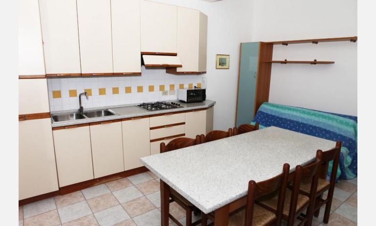 appartamenti MINERVA: C7 - cucina (esempio)